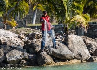 Ernesto der Gärtner beim Fischen